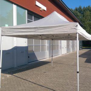 Huren easy up tent 3x4,5 in Breda